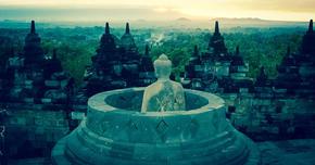 ボロブドゥール仏教寺院(インドネシア)  地上に創造された曼陀羅(まんだら)の世界