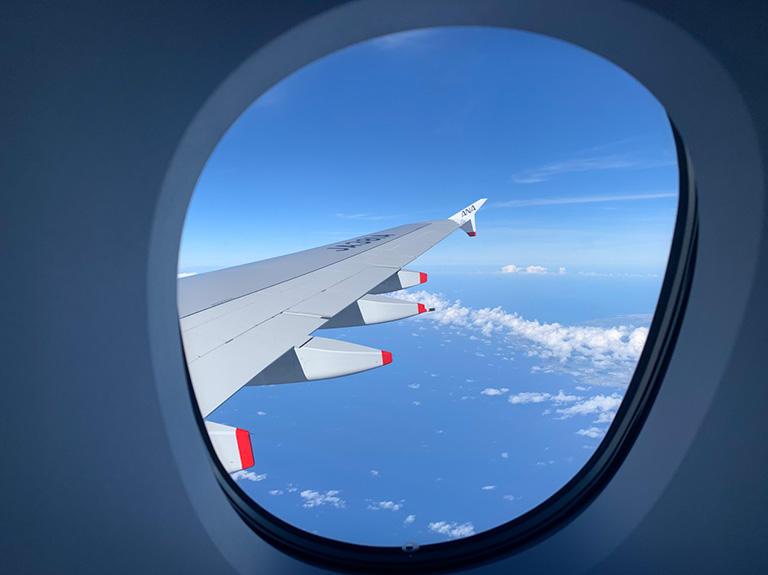A380プレミアムエコノミークラス 22K からの機窓