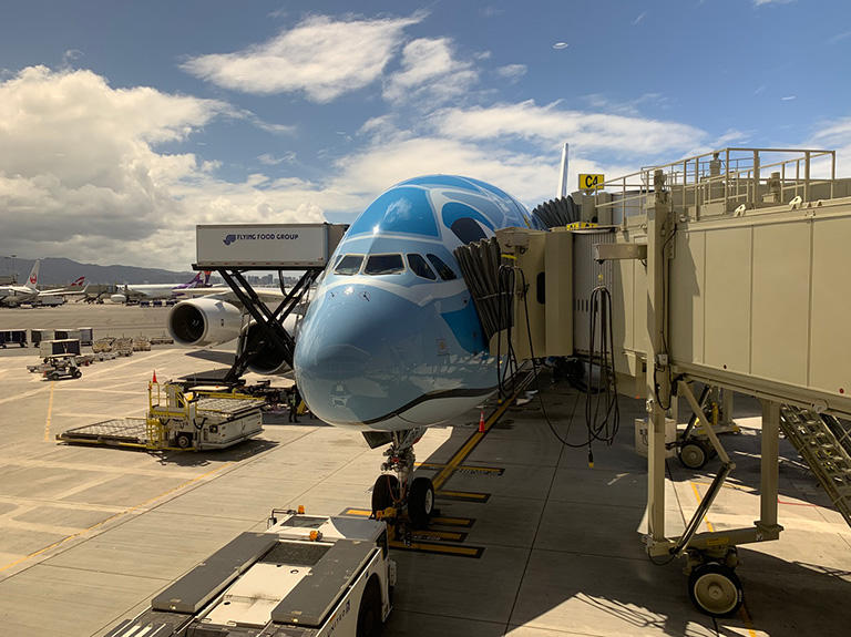 ANA フライングホヌA380アントニオカルロス初便 ホノルル空港に無事到着