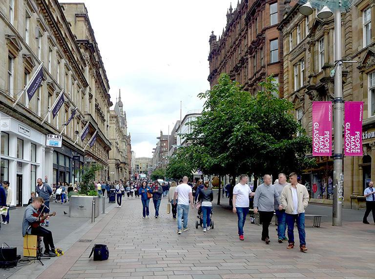 歩行者空間化されたグラスゴーのブキャナンストリート