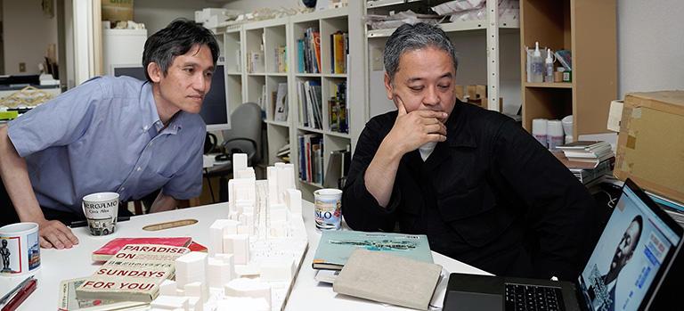 左:桑田仁さん(芝浦工大教授)右:太田浩史さん(建築家)