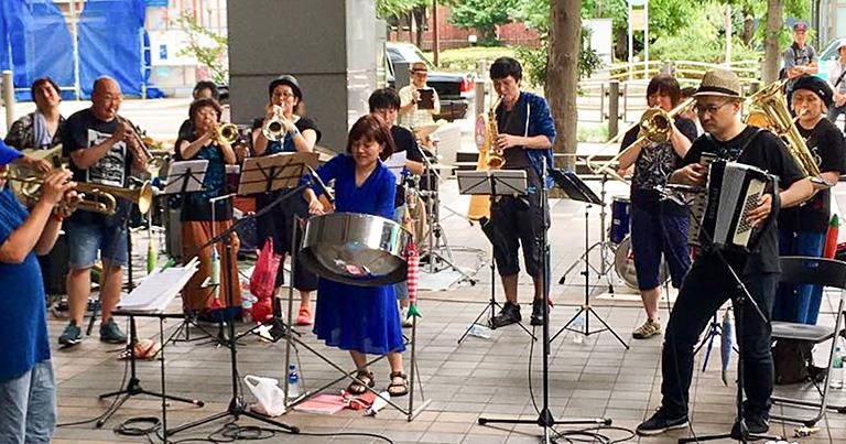「想定外」の楽しさは音楽の集団即興から学んだ