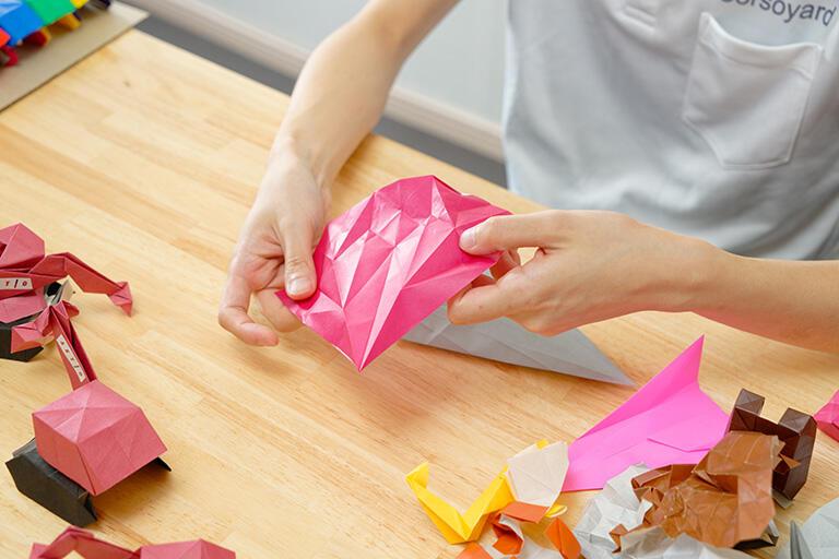 折り筋の入った折り紙
