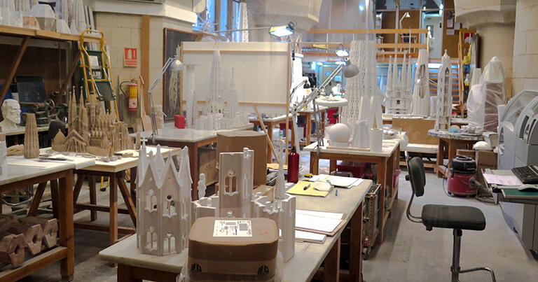 サグラダ・ファミリア付属の博物館では、ガウディの製作室を再現