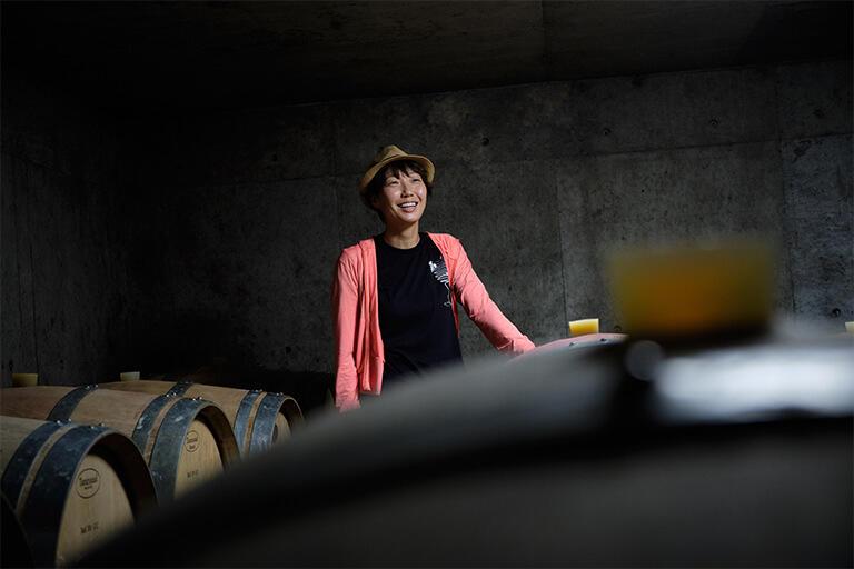 ブドウ農家の荻原社長の実家の地下室を貯蔵庫に使用