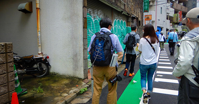 神泉駅の近くでは、何気ない路地に暗渠の名残を見ることができる